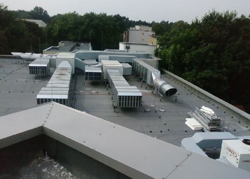 Effective Tips on How to Care and Maintain an Industrial Chiller