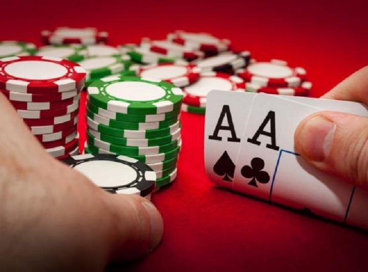 Advantages of playing IDN Poker
