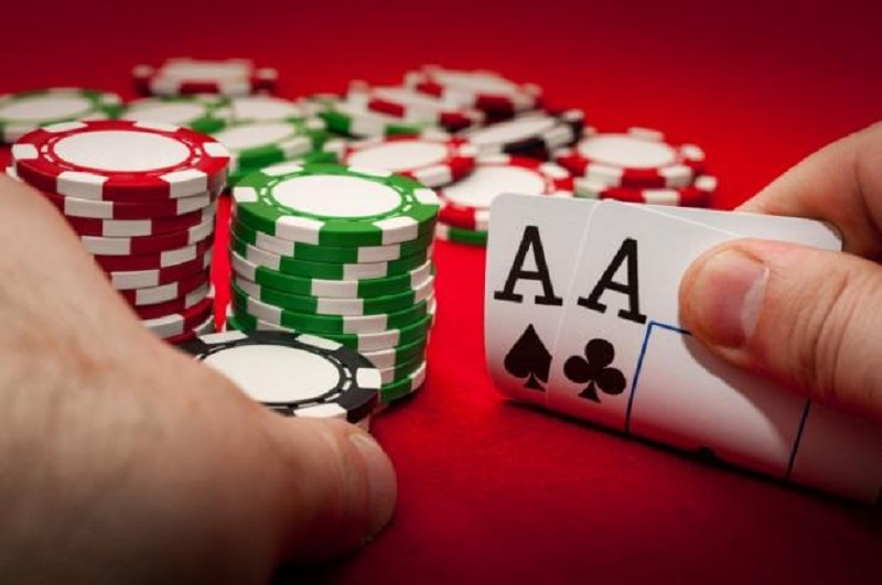 Advantages of Playing Rummy Online