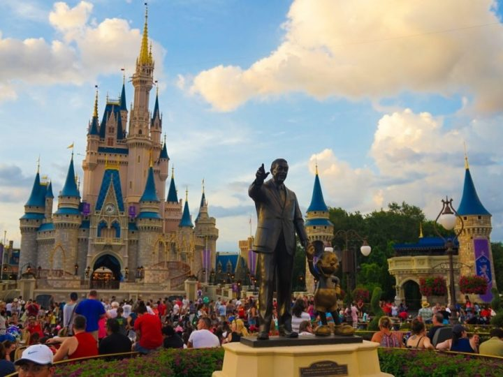 How to arrange for a Trip to Disney World