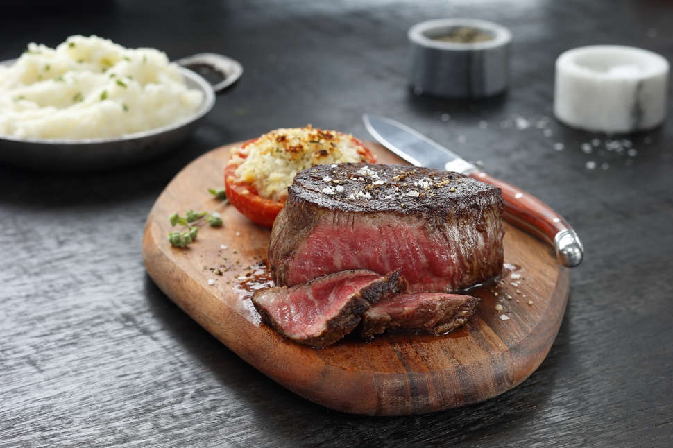 What to look for in a steakhouse?