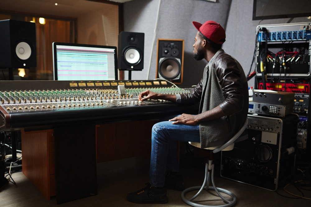 Four Things to Look For when Choosing a Recording Studio