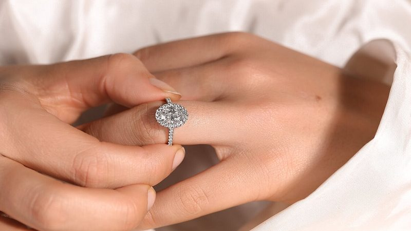 Make Your Day With Lab Grown Engagement Rings