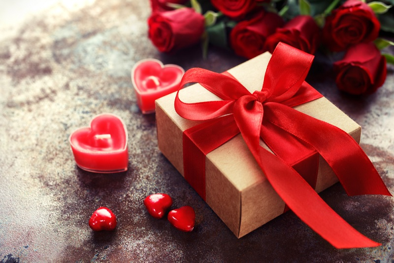 5 valentine gifts for her: follow the list and select